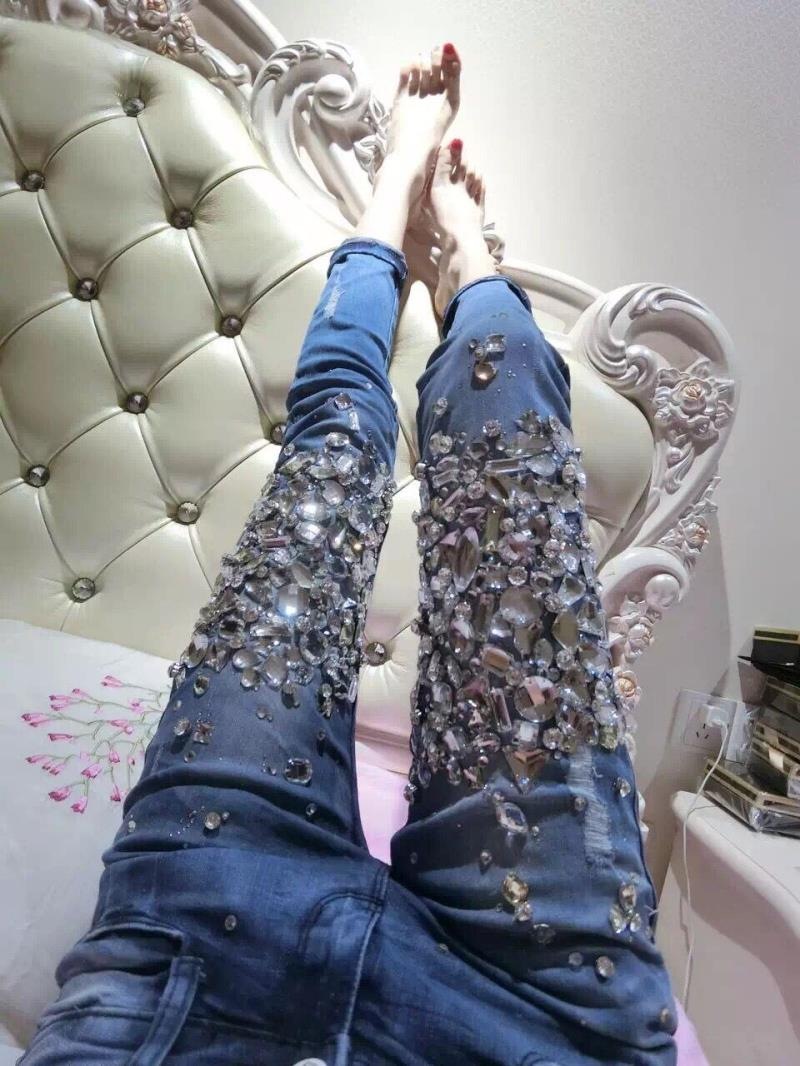 Wholesale hot drilling hole jeans China