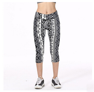 Black white decorative pattern women 7 minutes pants wholesale