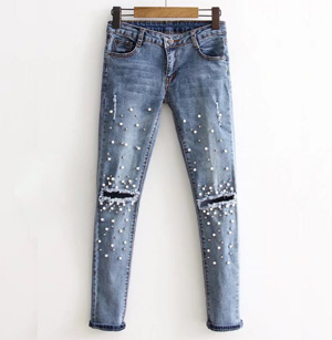 Wholesale Women Beaded Hole Slim Jeans