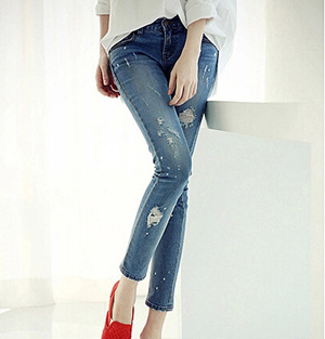 Wholesale hole jeans stretch pants feet
