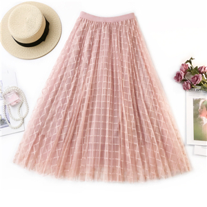 Wholesale solid color plaid pattern mesh pleated skirt