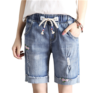 Wholesale stretch embroidered straight denim shorts