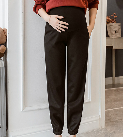 Knitted belly lift maternity leggings