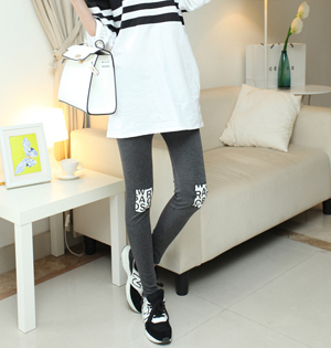 Knee patch leggings fashion