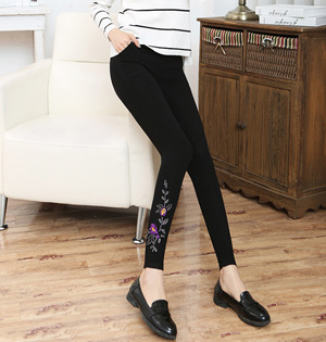Wholesale embroidered women leggings
